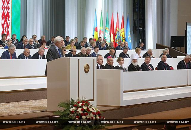 Делегаты Всебелорусского народного собрания обсуждают основные положения проекта Программы социально-экономического развития страны
