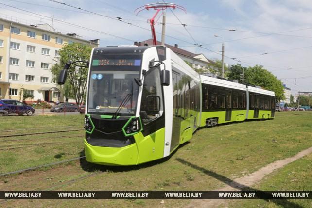 """Новый трамвай """"Штадлер Минск"""" проходит обкатку в столице"""