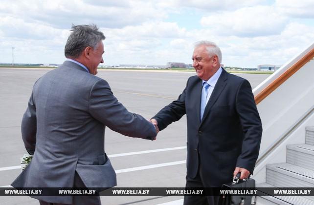 Форум регионов содействует укреплению сотрудничества Беларуси и России - Мясникович