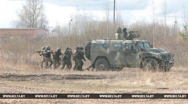 Белорусско-российские ротно-тактические учения проходят в Витебской области