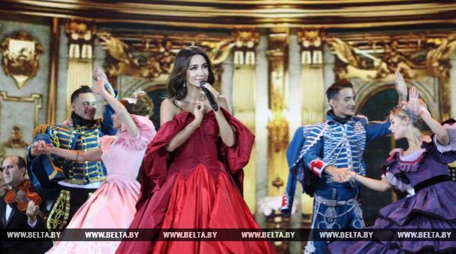 """Зара первой выступила на сцене XXVI """"Славянского базара в Витебске"""""""