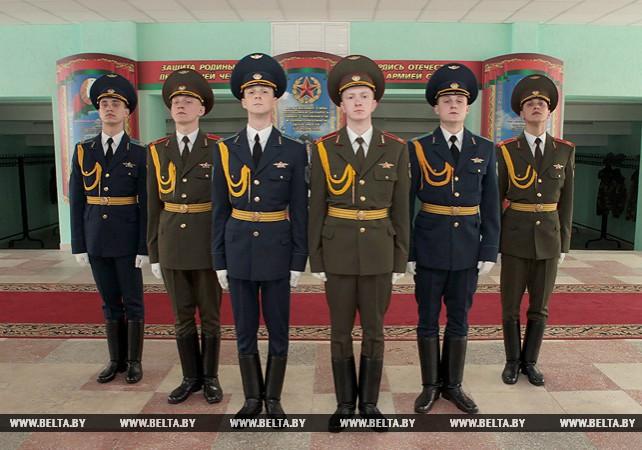 Рота почетного караула готовится к празднованию Дня защитников Отечества