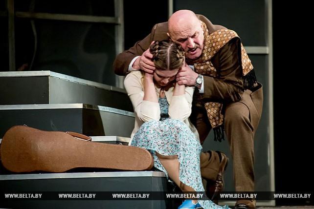 """Премьера спектакля """"Коварство и любовь"""" прошла на сцене Брестского академического театра драмы"""