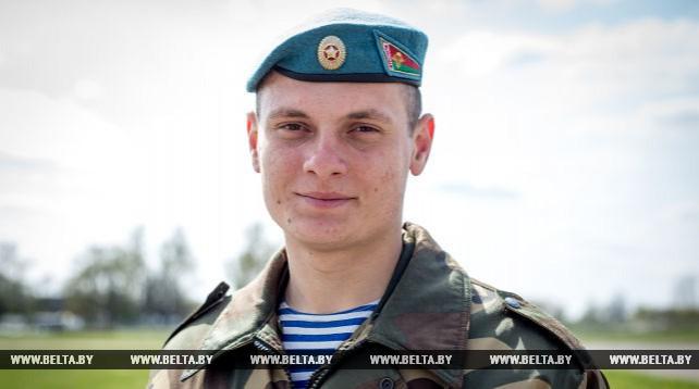 Военнослужащий Дмитрий Страчук спас сослуживца