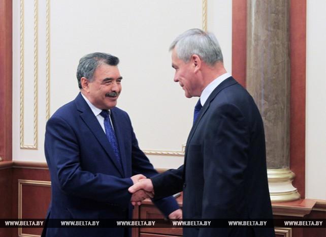 Андрейченко встретился с послом Таджикистана