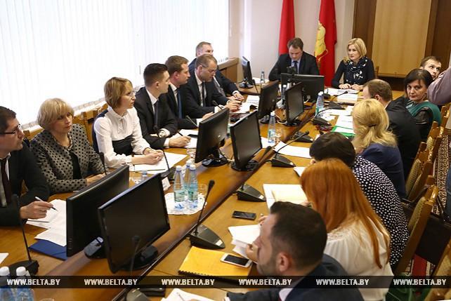 Встреча рабочей группы Минэкономики, Минтруда и соцзащиты и Минстройархитектуры с активом Гродненского облисполкома