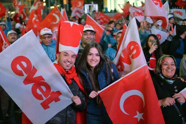 В Турции прошел референдум по внесению изменений в Конституцию страны