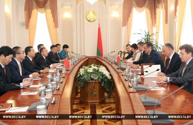 Калинин встртился с губернатором китайской провинции Ганьсу Тан Жэньцзянем