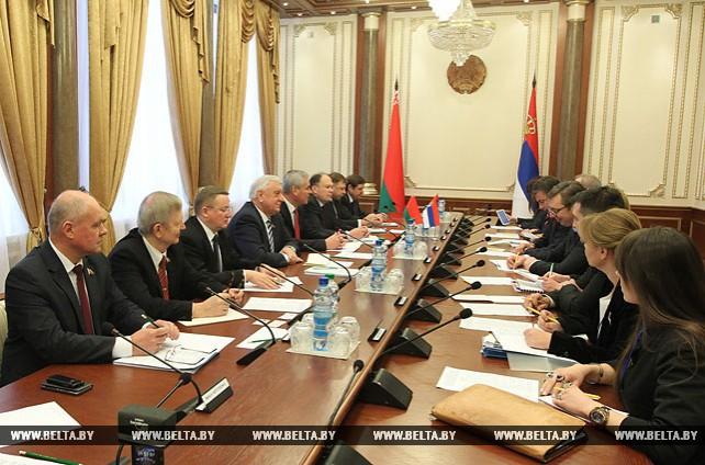 Мясникович встретился с председателем правительства Сербии