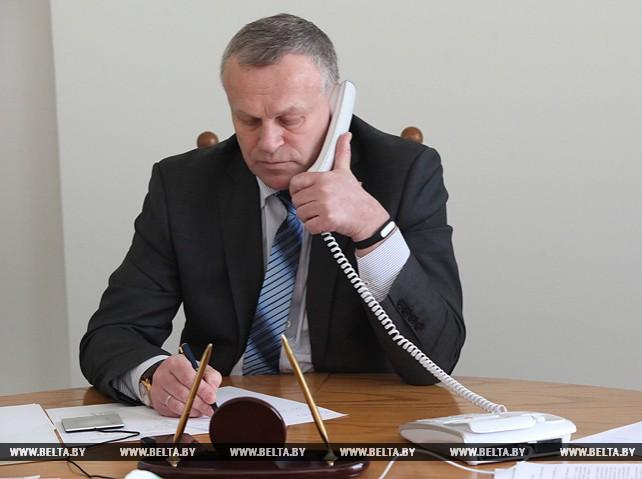 Председатель Могилевского горисполкома провел прямую телефонную линию