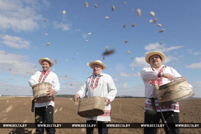 Областной праздник весеннего сева прошел в Могилевской области