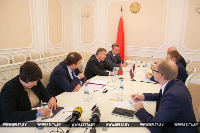 Кобяков встретился с главой МИД Латвии