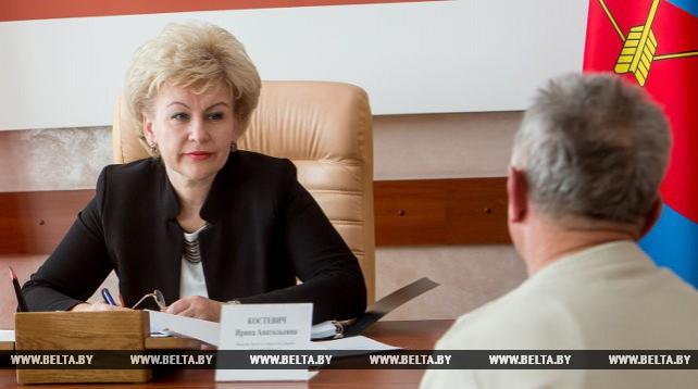 Костевич провела прием граждан в Пинске