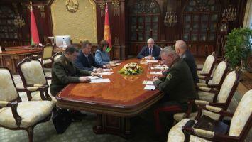 Лукашенко собрал срочное совещание с членами Совбеза по ситуации с задержанием боевиков иностранной ЧВК