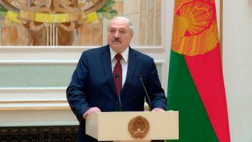 Лукашенко: нам надо как никогда быть едиными