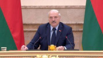 """""""Что же вы, как нацисты, их выталкиваете?"""" - Лукашенко о бесчеловечном обращении с мигрантами в Литве"""