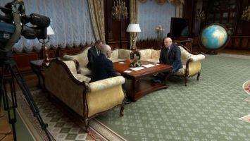 Лукашенко наградил Рапоту орденом Почета