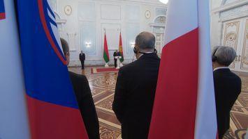 Лукашенко принял верительные грамоты послов 9 государств