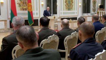 Лукашенко: любая война начнется изнутри, ее так и готовили у нас