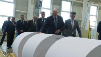 Лукашенко требует надежно защищать интересы Беларуси в работе с зарубежными партнерами