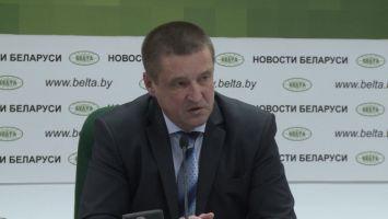 Леонид Заяц: Лукашенко поручил наказать виновных за задержку в уборке льна в Гомельской области
