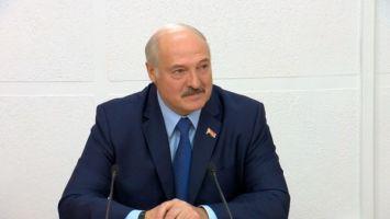 """""""Все рубцуется на сердце"""" - Лукашенко рассказал о сложности принятия жестких управленческих решений"""