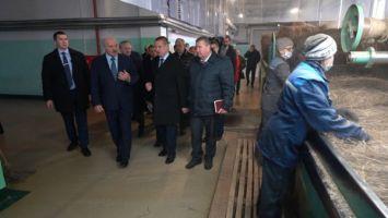 """""""Срочно всем скажите - едет Президент!"""" - Лукашенко неожиданно изменил план поездки в Шклов"""