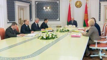 """""""Нам нужны действительно государственные люди"""" - у Лукашенко вновь обсудили законодательство о госслужбе"""