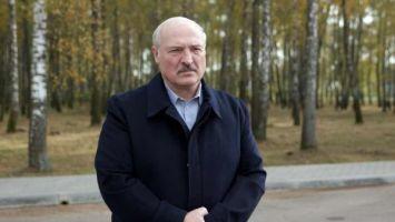 Лукашенко о COVID-19: ситуация в Беларуси контролируемая