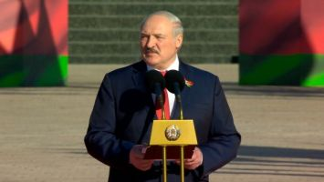 Лукашенко: мы белорусы и это наша земля, мы никому не должны ее отдать и подарить