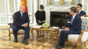 Лукашенко: США могли бы способствовать урегулированию конфликта в Украине