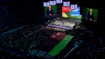 Лукашенко: Беларусь мы не отдадим, потому что ее любим, а любимую не отдают