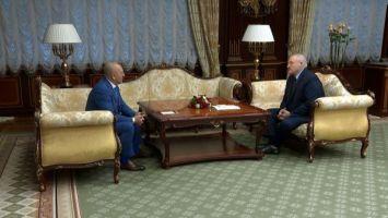 Лукашенко уверен в возможности урегулирования ситуации на Донбассе, если следовать минским соглашениям