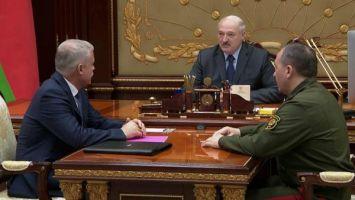 Лукашенко: у нас спокойная страна, но в Минске никак не можем подумать, как жить дальше