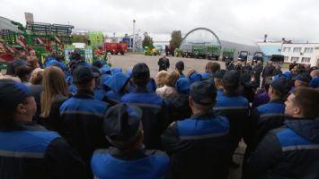 Лукашенко: в Беларуси пока не изжили мажоритарную систему выборов в парламент