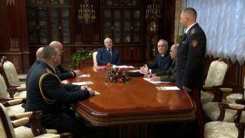 Лукашенко - милиции: церемониться мы особо не должны, защищая интересы миллионов наших людей