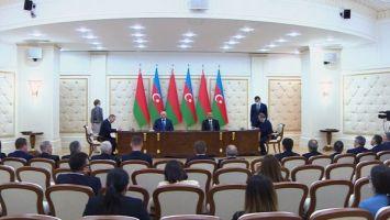 Беларусь и Азербайджан подписали документы о сотрудничестве в туризме, энергетике и нефтяной отрасли