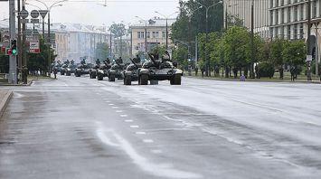 Боевая техника на улицах Минска