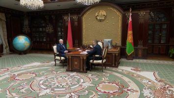 """""""Надо мобилизовать все то, что есть"""" - Лукашенко принял с докладом губернатора Могилевской области"""