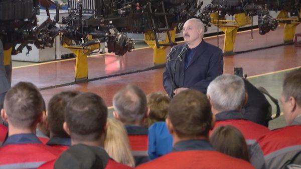 """""""Ни в коем случае не врите"""" - Лукашенко рассказал о принципах, которым следует"""