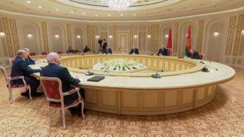 Лукашенко: мы сохраняем большой интерес к прямым контактам с регионами России