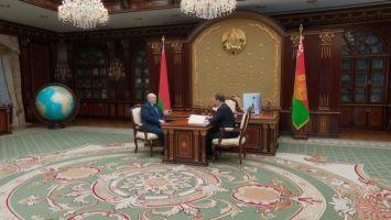 Работа экономики, ответ на санкции, развитие чернобыльских территорий - Лукашенко принял с докладом Головченко