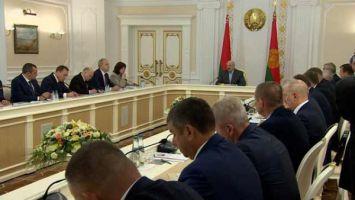 Лукашенко: выборы выборами, но первейшая задача - собрать хлеб