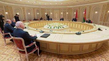 Лукашенко рассказал о состоявшемся телефонном разговоре с Путиным - обсуждали поставки нефти