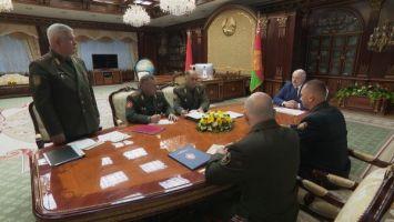 Лукашенко поручил силовикам закрыть каждый метр границы