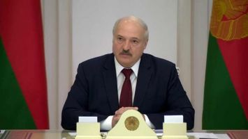 Лукашенко: против нас развернули уже не информационную, а террористическую войну по отдельным направлениям. Мы это должны пресечь