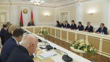 Лукашенко: государство будет проводить перемены, но не революционными методами