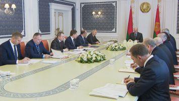 ВВП, экспорт, нефть и поставки продовольствия - Лукашенко собрал совещание по экономическим вопросам