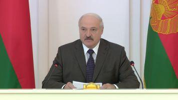 Лукашенко: парламент должен стать дискуссионной площадкой для диалога депутатов с разными взглядами