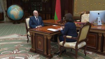 Лукашенко о кризисе из-за коронавируса: надо работать и спасаться от этого кризиса, как только можно